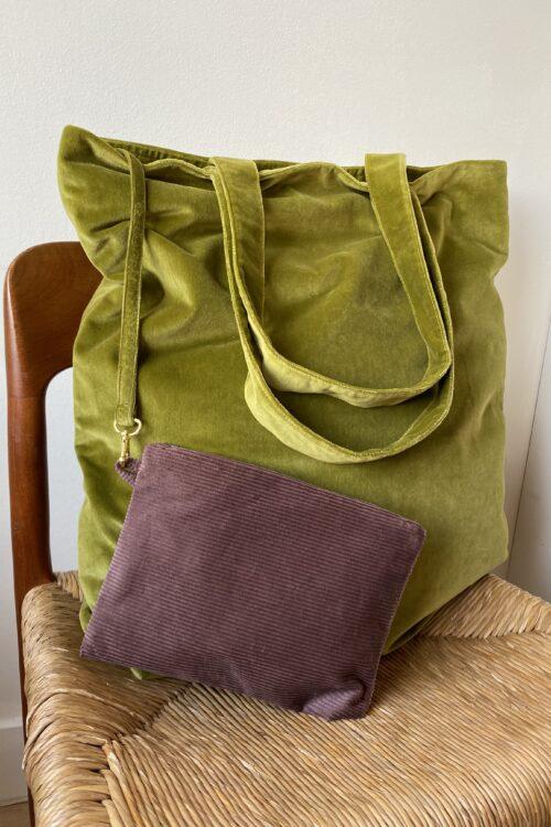 La-royale-velvet-green-bag-novembre